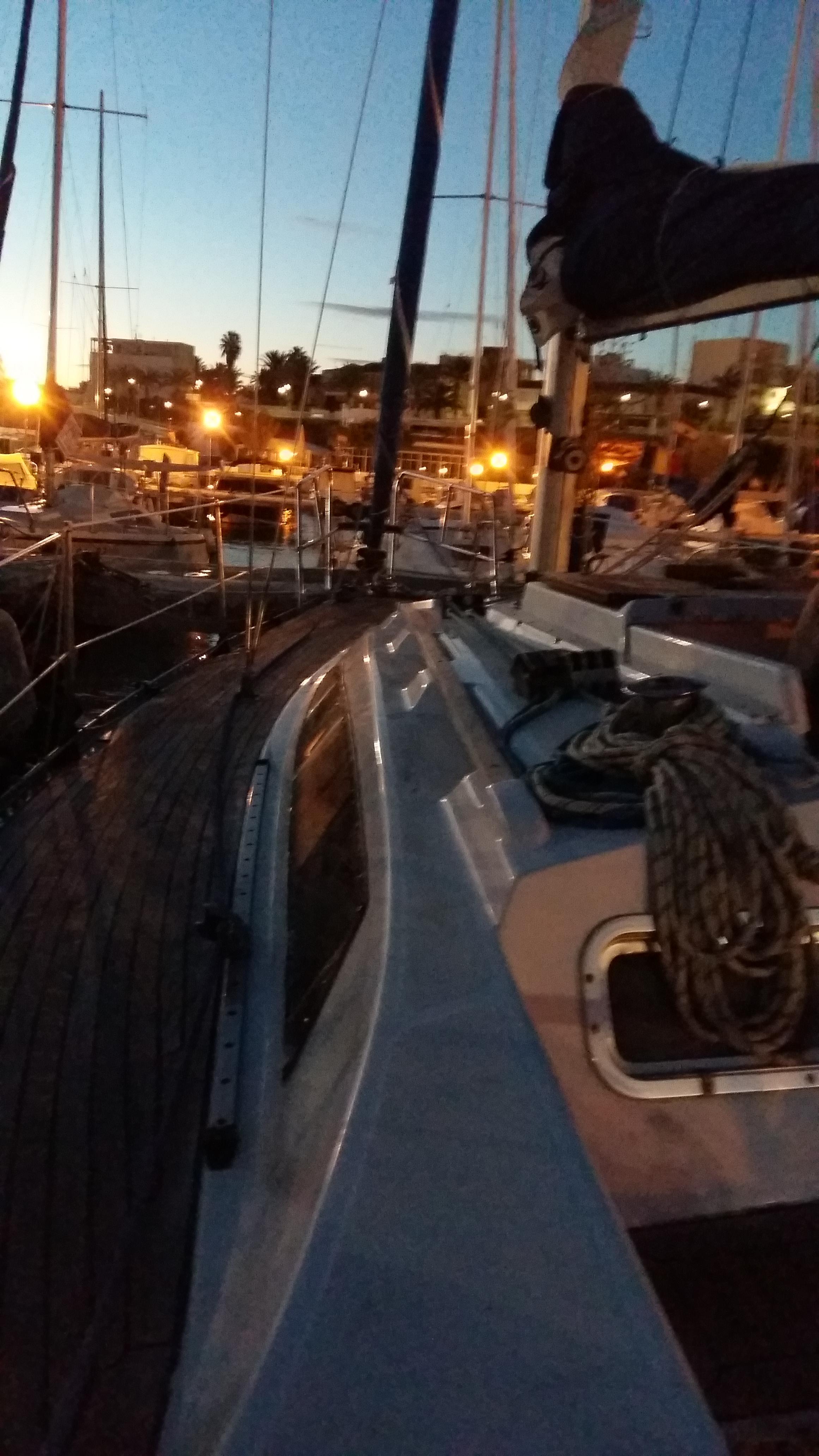 de noche a puerto